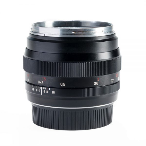 Zeiss-ZE-50mm-Canon-VIDEO-Mount-Lens_001